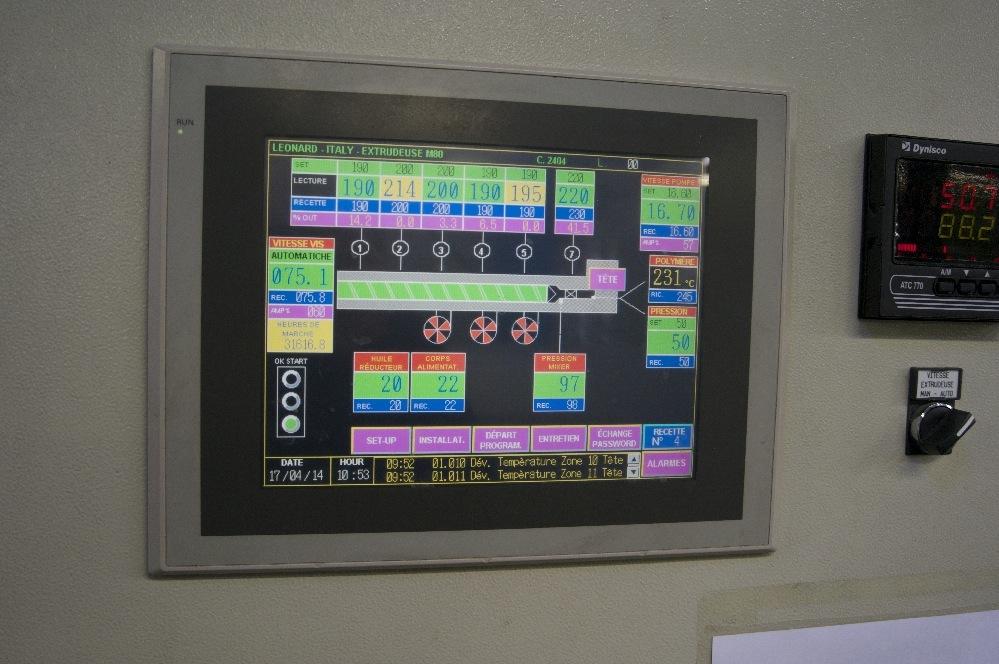 Controles automatisés de la chaine d'extrusion
